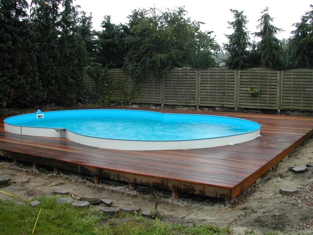 Holzterrassen Holzterrasse - Umrandung Swimming-Pool - Weber Holzbau ...